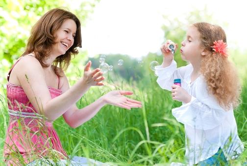 Как выбрать няню ребенку?