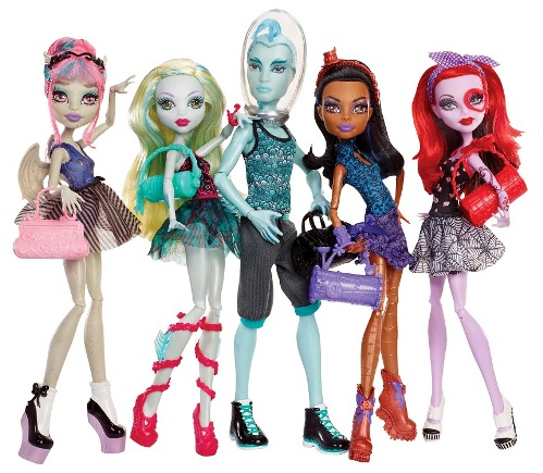 Barbie или Monster high?