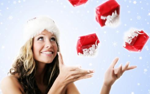 Топ-10 новогодних подарков для женщин