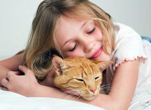 Выбор домашнего животного для ребенка и правильный уход за ним