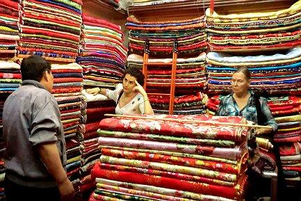 Правильный выбор ткани – залог восхитительного платья