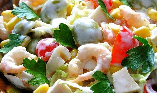 Несколько вариантов вкусных салатов на 8 марта