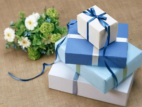 Как подарить радость